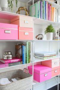 Mettez vos documents, papiers factures... dans de jolies boites! Décorez avec des plantes vos étagères, créez vous-même votre propre petit paradis!